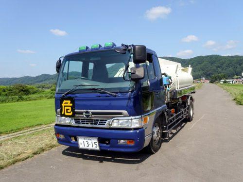 配送タンクローリー運転手の職業、求人イメージ写真